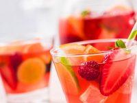 Yaz aylarının vazgeçilmezi alkolsüz kokteyl tarifleri